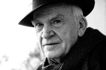 DOUNIAMAG-CZECH-FRANCE-LITERATURE-KUNDERA-PEOPLE